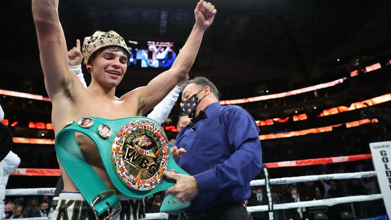 'King Ry' is the WBC interim lightweight champion